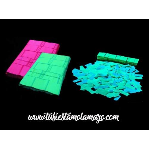 Confeti Rectangular Fluorescente de 2x5cm de 1Kg