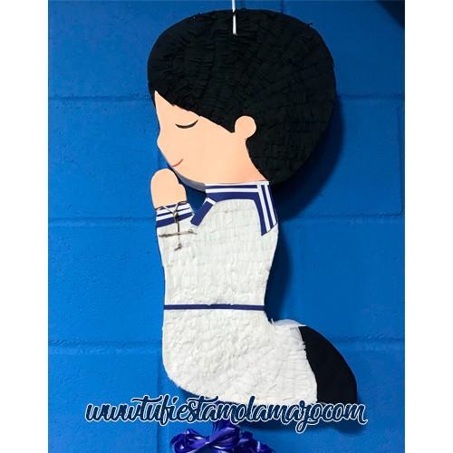 Piñata de comunión niño