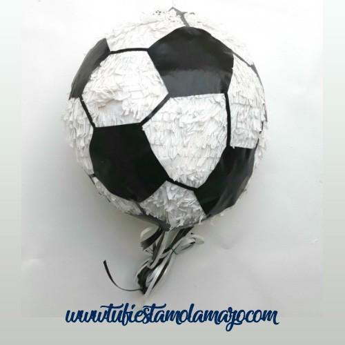 Piñata de balón de fútbol