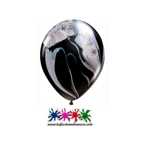Globo de látex negro pintado